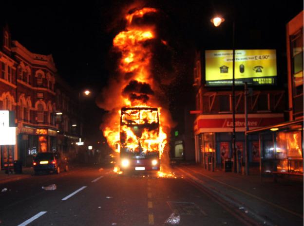helvede løs i laks gade Finsensvej 37f