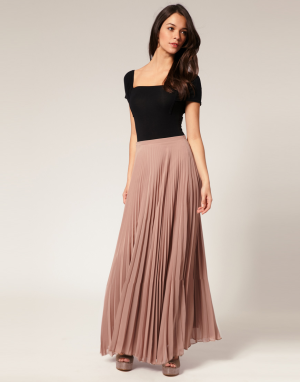 Pleated Skirt Maxi
