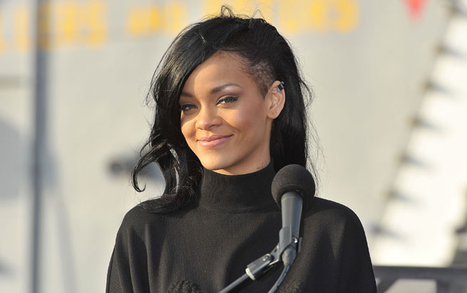 Rihanna Hairstyles: Beauty: Styles For Hair With Shaved Sides
