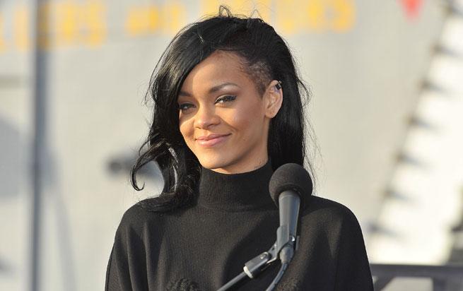 Rihanna-New-Hair-black-undercut-Givenchy-_Battleship_-Japan