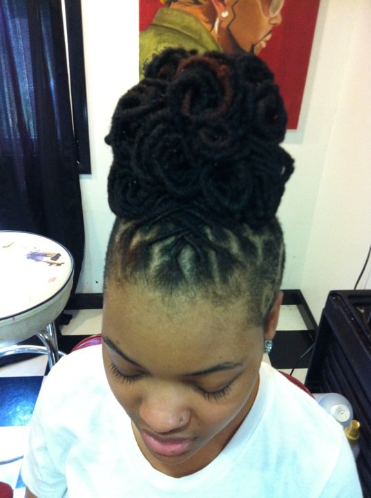 101+ Ways To Style Your Dreadlocks – Art Becomes You