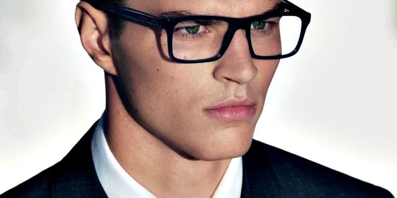 Best place to buy eyeglasses online art becomes you for Best place to buy frames online