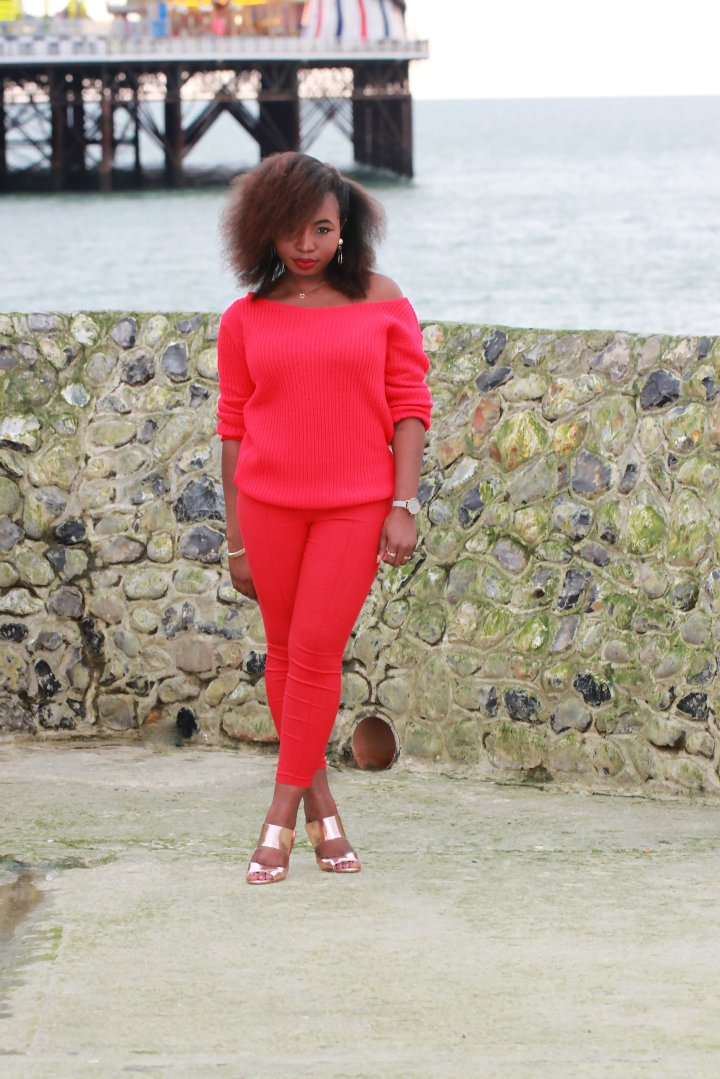 missguided red jumper ootd a