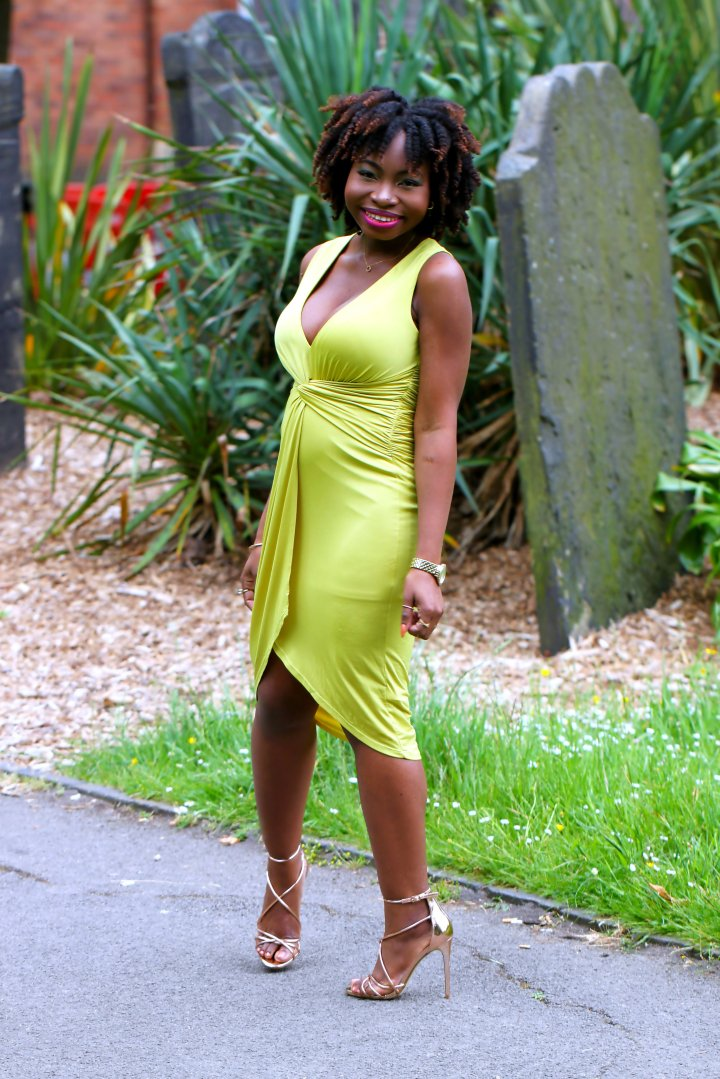 chartreuse outfit blogger a